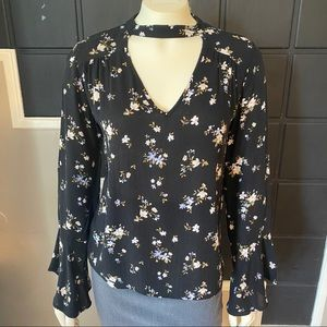 ⭐️3 for $25⭐️ American Eagle Floral Blouse